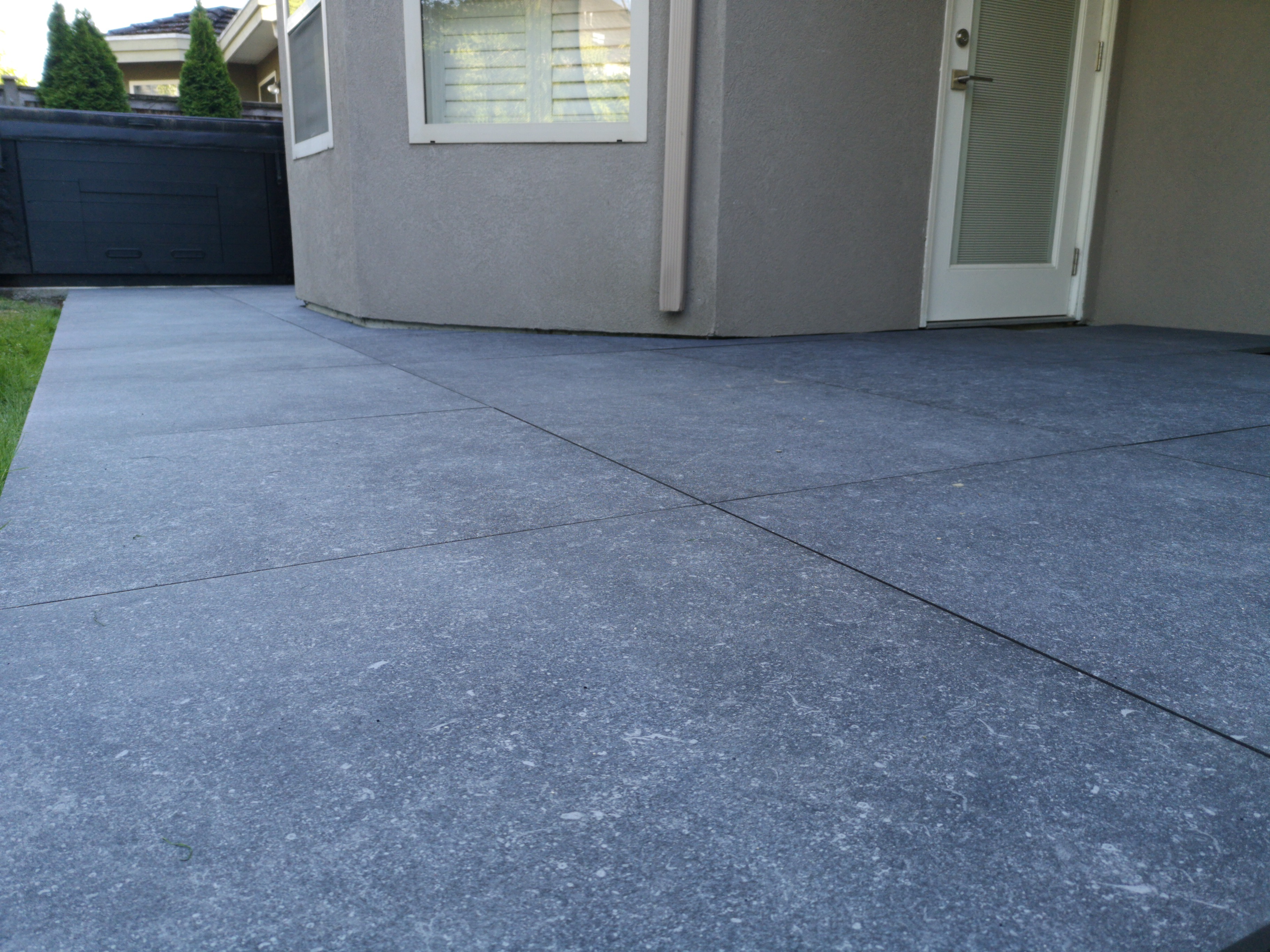 BC-Outdoor-Flooring-Structural-Pavers-House-Deck